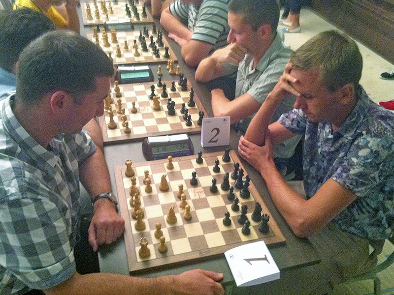 Facing GM Zubarev at the Kharkiv City Chess Day, August 2016